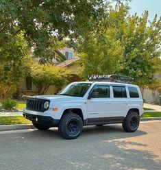 Jeep Patriot Lifted, Jeep Liberty Lifted, Jeep Patriot Sport, Jeep Cherokee Xj, 4x4 Off Road, Jeep Stuff, Jeep Life, At Home Gym, Vroom Vroom