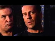 EL GRAN HALCON - BRUCE WILLIS. - YouTube