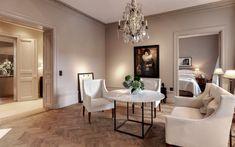 Den här lägenheten har tillhört Emma Blomqvist som arbetar som inredare! Jag absolut älskar denna lägenhet. Färgerna går i vitt, beiget och allt är så genomtänkt och var enda detalj i denna lägenhe…