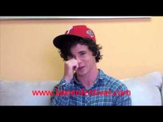 Charlie McDermott (The Middle) talks about Axl