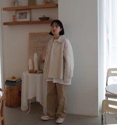 오트jk - 베이지델리t - 화이트바인트 - 진베이지-네이버에 바온 ! Korean Girl Fashion, Korean Street Fashion, Asian Fashion, Hijab Fashion, Fashion Outfits, Korean Outfits, Mode Outfits, Retro Outfits, Cute Casual Outfits
