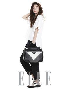 Jun Ji Hyun is simply chic for 'ELLE' -allkpop Korean Star, Korean Girl, Korean Actresses, Korean Actors, Kpop, Korean Celebrities, Celebs, Jun Ji Hyun Fashion, My Sassy Girl