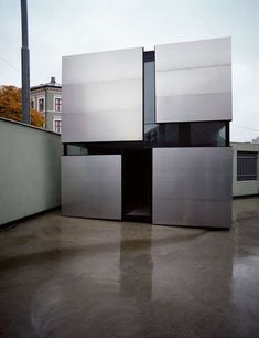 The Contemporary Boxhome by Rintala Eggertsson Architects trendhunter.com
