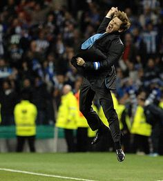 André Villas-Boas, who won the @EuropaLeague and three domestic titles in 2011 with #FCPorto