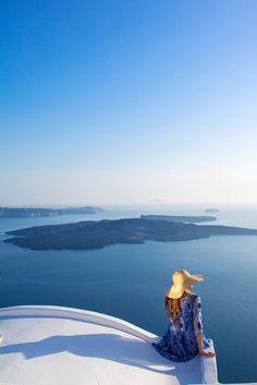 Volcano view in Imerovigli, Santorini | www.gooverseas.com | Intern, Teach, Volunteer, Study Abroad | Make your dreams a reality
