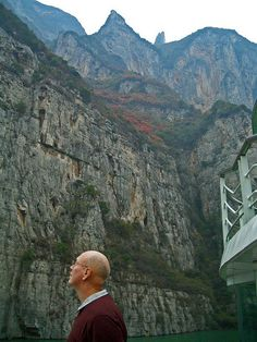 Sailing the Lesser Three Gorges with Viking River Cruises