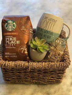 Starbucks Gift Baskets, Coffee Gift Baskets, Fall Gift Baskets, Homemade Gift Baskets, Christmas Gift Baskets, Coffee Lover Gifts, Homemade Gifts, Baskets For Gifts, Wrapping Gift Baskets