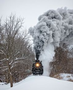 Online Contest - Winter Logo for the Midwest America Photography Group Ho Trains, Model Trains, Train Pictures, Train Engines, Winter Scenery, Model Train Layouts, Snow Scenes, Steam Engine, Steam Locomotive