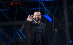 Il conduttore e scrittore Fabio Volo, è il primo ospite dell'ottava puntata tutta al maschile di Epcc, in onda giovedì 17 marzo alle 22.10 solo su Sky Uno. L'intervista.