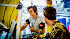 """The Last Shadow Puppets: """"Miles gaat weer even solo en ik focus op Arctic Monkeys"""" The Last Shadow Puppets, Alex Turner, Arctic Monkeys, Om"""