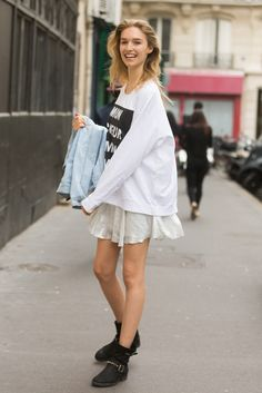 What We Can Learn From The New Model-Off-Duty Look #refinery29  http://www.refinery29.com/model-off-duty-outfits#slide5  An oversized boxy tee with a frilly short skirt is easy-breezy, but still super chic.