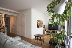 室内の小窓、緩やかなつながり  リノベーション・スタイル<96> - 写真特集 - Asahi Shimbun Digital[and]