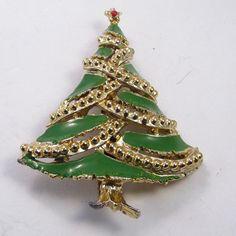 Vintage 1960's olive green enamel riased metal by jewelry715, $10.00