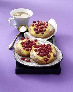 Unser beliebtes Rezept für Johannisbeer-Taler mit Pudding und mehr als 55.000 weitere kostenlose Rezepte auf LECKER.de.