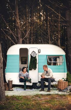 You don't need a lot of space to feel at home, you just need to do what it takes to make your little abode feel homely. Sitting in soggy clothes, in a leaky tent, in the middle of a rainy campground, Heather Liddell and her husband Clancy Cummins decided it was probably time to invest in something a bit more waterproof. Then, while ravelling back to Auckland on the last day of this 'summer' holiday, the couple passed a caravan sales lot where they spotted a 60s Crusader Munro despondently…