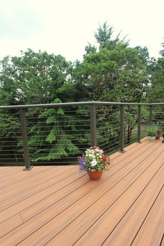 G Christianson Construction built this 2nd story deck using TREX decking and cable railing system.