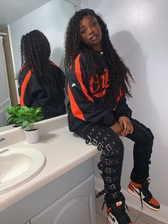 welcome to the culture : internet ctrl 🦋 Baddie Outfits Casual, Chill Outfits, Dope Outfits, Swag Outfits, Fashion Outfits, Black Girl Fashion, Tomboy Fashion, Look Fashion, Streetwear Fashion