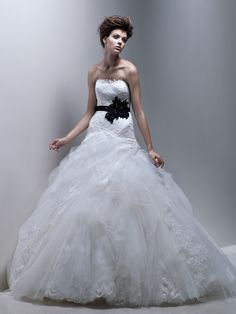 Enzoani - Dion For Brides