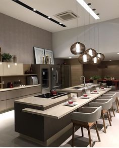 Today we will show you the 5 kitchen trends 2018 that will be IN because the new year also means new kitchen design. Home Kitchens, Popular Kitchen Designs, Luxury Kitchens, Home Decor Kitchen, Kitchen Room Design, Kitchen Interior, Interior Design Kitchen, Dream Kitchens Design, Modern Kitchen Design
