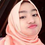 Selamat soree 😊😊 @kanayales_ @elsha_elshanum . . #aceh #selfie #inoengaceh #bidadariselfie #kocak #selfiecantik #Indonesia #awesome  #wanitacantikindonesia #kekinian #lfl #like #like4like #follow4follow #hijabers #barbiemuslimah #doubletap #taptap #tap2x #follow #fff . #terfujilah #nature #exploresumut #remajaaceh #komunitas_hijab_indonesia #cantikberhijab #cantikberhijab Kos, Selfie, Like4like, Barbie, Hijab, Womens Fashion, Instagram, Women's Fashion, Woman Fashion