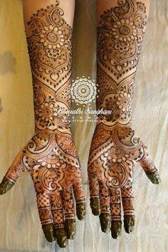 Latest Mehendi Designs for Hands & Legs - Happy Shappy Khafif Mehndi Design, Mehndi Designs Book, Mehndi Design Pictures, Modern Mehndi Designs, Mehndi Designs For Girls, Dulhan Mehndi Designs, Mehndi Images, Henna Mehndi, Henna Art