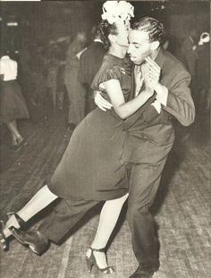 maudelynn: Swing dancing at the Savoy