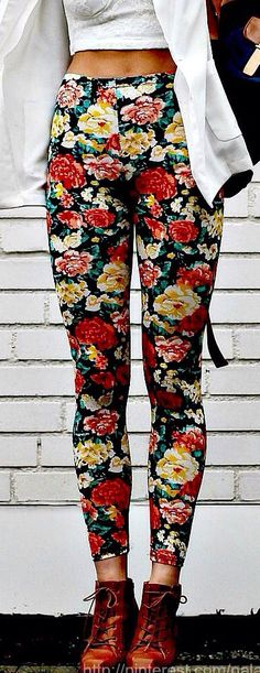 Flower printed jeggings be so much more cute if it had a longer lace shirt!!