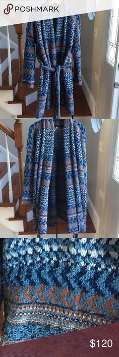 Free People textured knit cardigan Very soft and a beautiful drape comes with an optional matching belt tie would make a great house coat or a grab and go sweater Free People Sweaters Cardigans