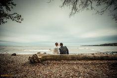 ♥♥♥  Coisas que as noivas esquecem de fazer antes da cerimônia Nos momentos antes da cerimônia e antes da festa, há coisas que as noivas esquecem de fazer. São simples e importantes, como ir ao banheiro! http://www.casareumbarato.com.br/10-coisas-que-as-noivas-esquecem-de-fazer-antes-da-cerimonia/