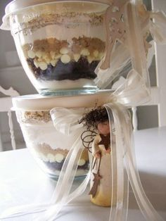 Great gift idea with Pampered Chef Batter Bowls. Layer the dry ingredients for your favorite recipe. Print out the recipe or hand write it on a pretty card and attach with ribbon. Get Batter Bowls here:  www.pamperedchef.biz/thezingarokitchen