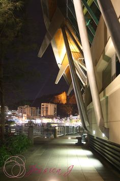 Museum Of Tropical Queensland & Castle Hill in the background... Townsville, QLD Australia