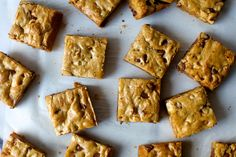 (Substitute cup of apple sauce for the egg and tsp baking powder) blondies, infinitely adaptable – smitten kitchen Cookie Desserts, Just Desserts, Delicious Desserts, Brownie Recipes, Cookie Recipes, Dessert Recipes, Dessert Bars, Biscuits, Smitten Kitchen