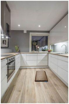 Modern Kitchen Cabinets, Kitchen Cabinet Design, Modern Kitchen Design, Kitchen Decor, Kitchen Ideas, Patio Kitchen, Kitchen Mats, Oak Cabinets, Kitchen Sink