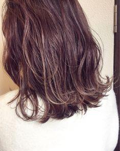 グレー×ラベンダー×ハイライト Love Hair, Hair Color, Hair Beauty, Hairstyle, Long Hair Styles, Hair Job, Hair Style, Haircolor, Hair Looks