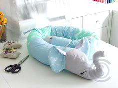#handmade #bettschlange #bettrolle #kinderzimmer #kinderzimmerdeko #geschenk #nähen #nähenmachtglücklich #einzigartig #wunderschön #hingucker #unikat #kuscheln #lagerung #lagerungskissen #nestchen #nestchenschlange #bettumrandung #elefant #elefante #dawandashop #dawanda #fürbabys #fürkinder #babybett #babyaccessories #schwangerschaft #schwanger #baldmama #nähenfürbabys
