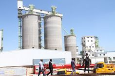 LATEST: President commissions PPC cement plant - The Herald - http://zimbabwe-consolidated-news.com/2017/03/16/latest-president-commissions-ppc-cement-plant-the-herald/