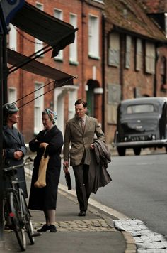 2013 09 18 - Filming ' The Imitation Game ' in Church Street in Chesham Sherlock Cumberbatch, Benedict Cumberbatch, Sherlock Holmes, The Imitation Game, Alan Turing, Keira Knightley, Live In The Now, Going Home, Old And New