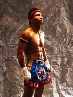 Malaipet, Muay Thai Champion. Muay Thai, Thai Boxing, Thailand, Tours, Entertainment, Sport. Details about Muay Thai in Koh Samui are available here; http://www.islandinfokohsamui.com