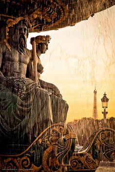Fontaine des Mers, Place de la Concorde, Paris with the Eiffel Tower in the background. Paris France, Oh Paris, Oh The Places You'll Go, Places To Travel, Places To Visit, Beautiful World, Beautiful Places, France Travel, Photos