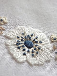 Wonderful Ribbon Embroidery Flowers by Hand Ideas. Enchanting Ribbon Embroidery Flowers by Hand Ideas. Learn Embroidery, Hand Embroidery Stitches, Silk Ribbon Embroidery, Crewel Embroidery, Hand Embroidery Designs, Embroidery Techniques, Cross Stitch Embroidery, Embroidery Ideas, White Embroidery