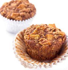 Apple Cinnamon Baked Oatmeal Muffins - The Wholesome Dish Baked Oatmeal Muffins, Baked Oatmeal Recipes, Healthy Breakfast Muffins, Breakfast On The Go, Make Ahead Breakfast, Breakfast Recipes, Breakfast Ideas, Cinnamon Muffins, Healthy Breakfasts