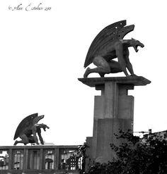 Estatuas Puente