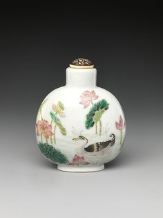 Snuff Bottle with Scene of a Lotus Pond Period: Qing dynasty (1644–1911), Daoguang mark and period (1821–50) Culture: China Medium: Porcelain with overglazed enamel colors, ivory stopper
