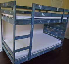 starry bunk bed
