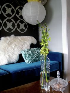 dramatic blue: cool pillow photo: cashewhoneycakes flickr