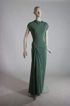 Green silk crepe gown, 1953.  Designer: Madame Gres.