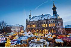 Weihnachtsmarkt Aachen | german christmas market - repinned by www.mybestgermanrecipes.com
