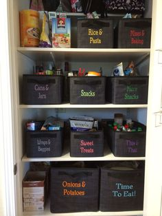 Make it easy for the whole family to participate in pantry organization by personalizing Your Way Cubes, Juniors, and Rectangles! See more at fb.com/groups/michelleo31
