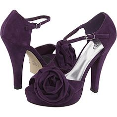 purple heels for purple wedding
