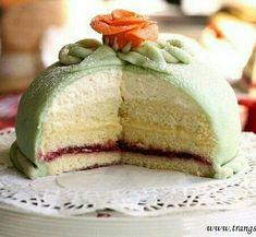 "Trang's Kitchen - French Princess Cake - Modified from the traditional Swedish ""Princesstårta"" Birthday Desserts, Mini Desserts, Just Desserts, Delicious Desserts, Birthday Cake, Princess Torte, Princess Cake Swedish, Macarons, Mango Mousse Cake"